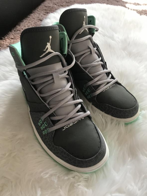 Nike Jordan 1 Flight szaro mietowe