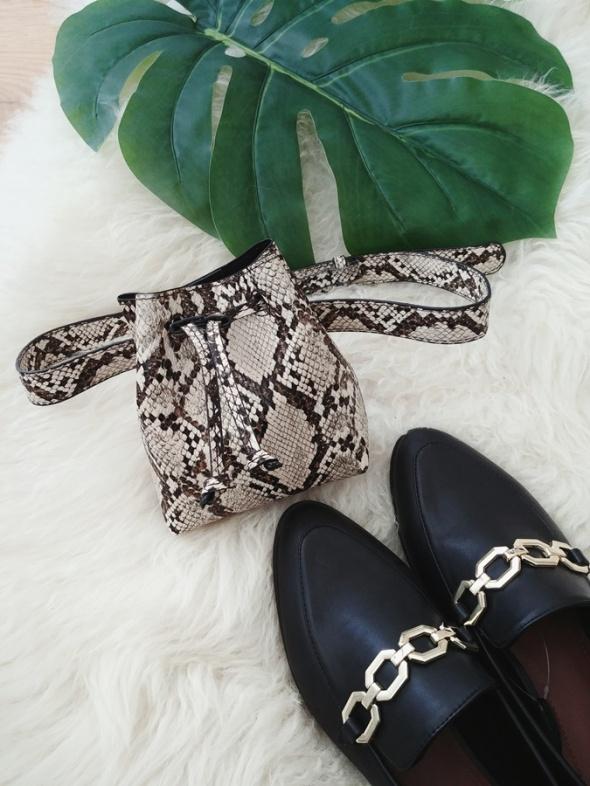 nowa nerka saszetka torebka worek na pasku na biodra w wężowy wzór panterkę