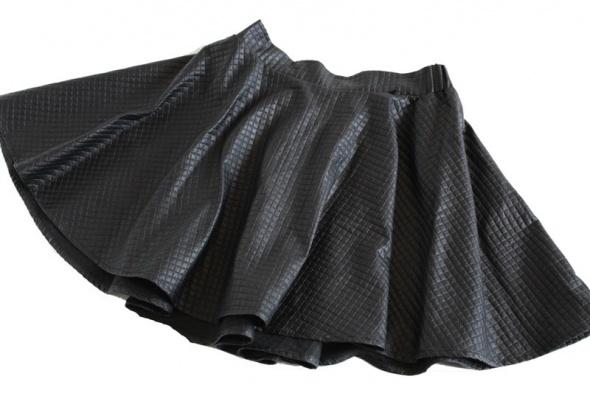 Skórkowa spódniczka Cropp M