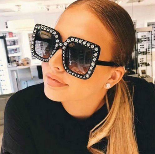 Okulary przeciwsłoneczne crystal czarne...