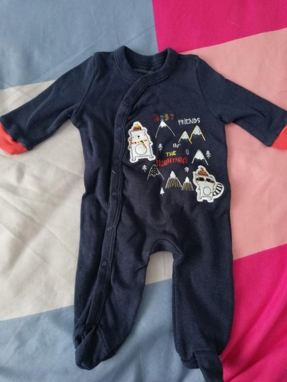Nowy pajac niemowlęcy 56