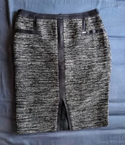 Melanżowa ołówkowa spódnica Makalu 40 elegancka służbowa za kolano ze wstawkami