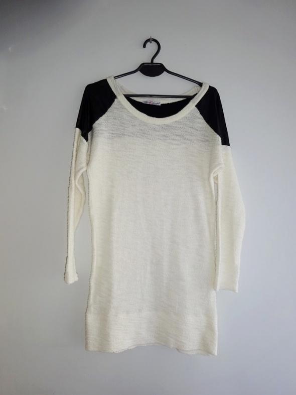 biały długi sweter long z czarnymi wstawkami 36 S