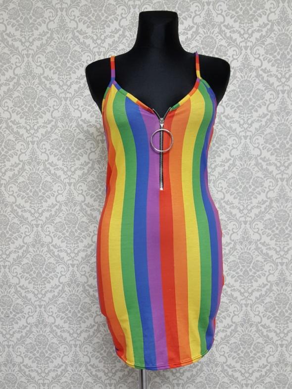 Suknie i sukienki kolorowa sukienka w pasy BooHoo
