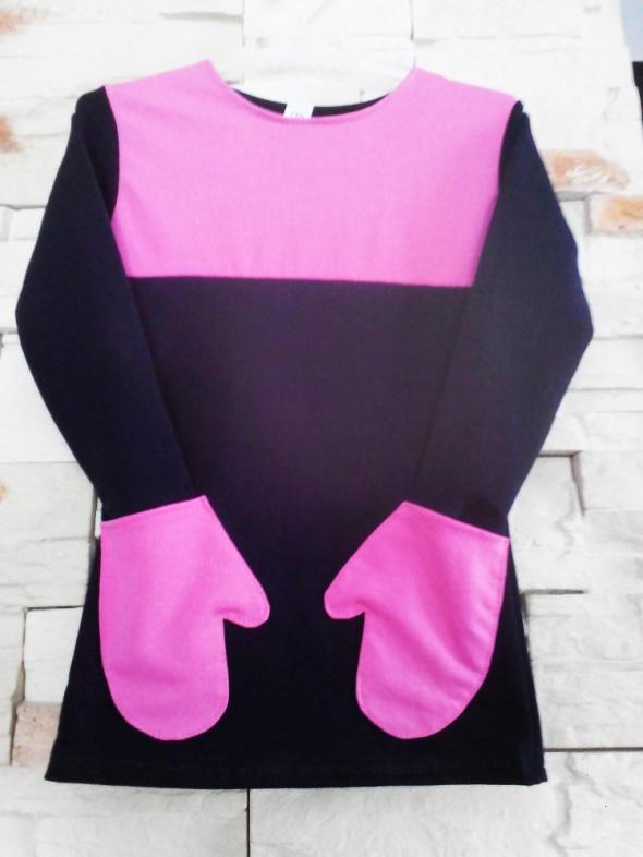 Sukienka dresowa z kieszeniami 116