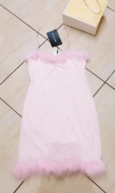sukienka z puszkiem