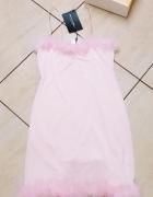 sukienka z puszkiem...
