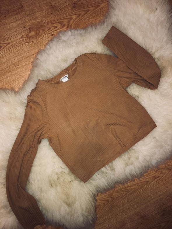 Bluzka musztardowa typu crop top