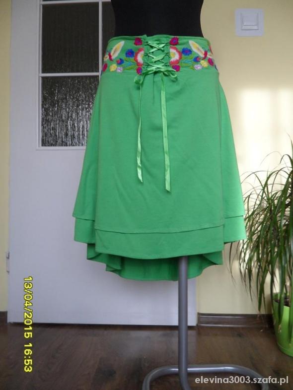 Spódnica zieleń seledyn kwiaty M