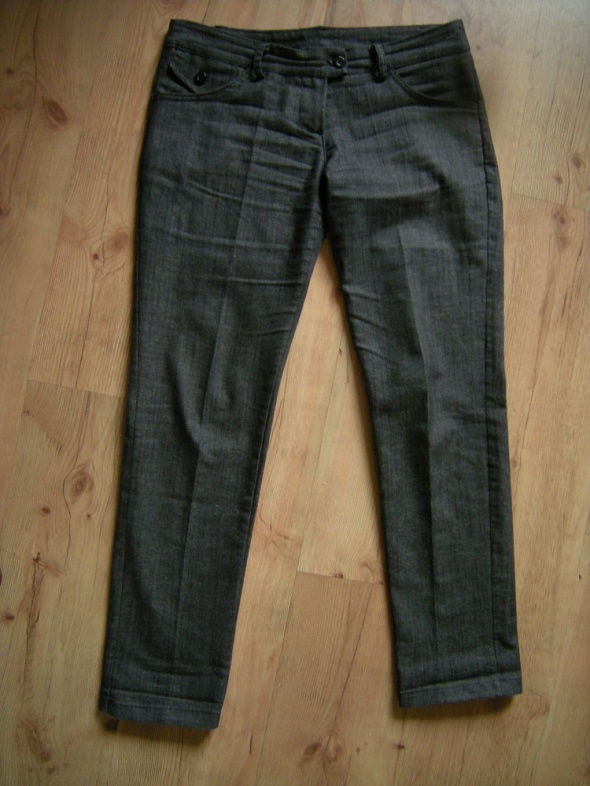 szare spodnie Chinosy 38