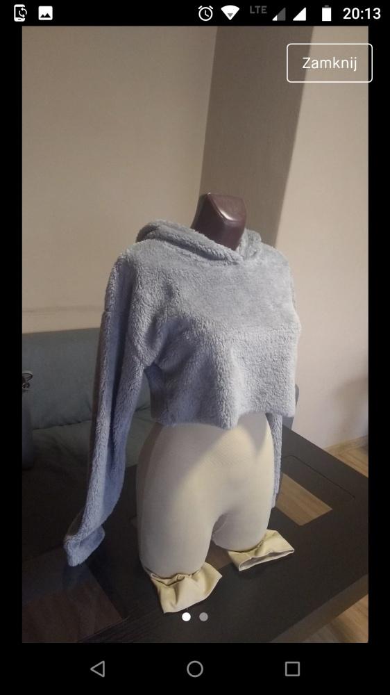 Pluszowa bluza z kapturem do pępka...