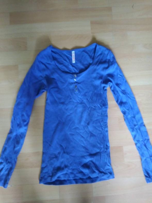 Sweterek new yorker S niebieski z guciczkami...