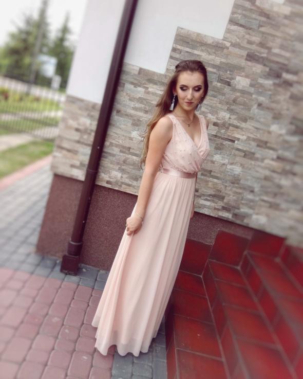 Maxi sukienka weselna perełki łososiowa siatka długa elegancka imprezowa Orsay dekolt pasek wiązana