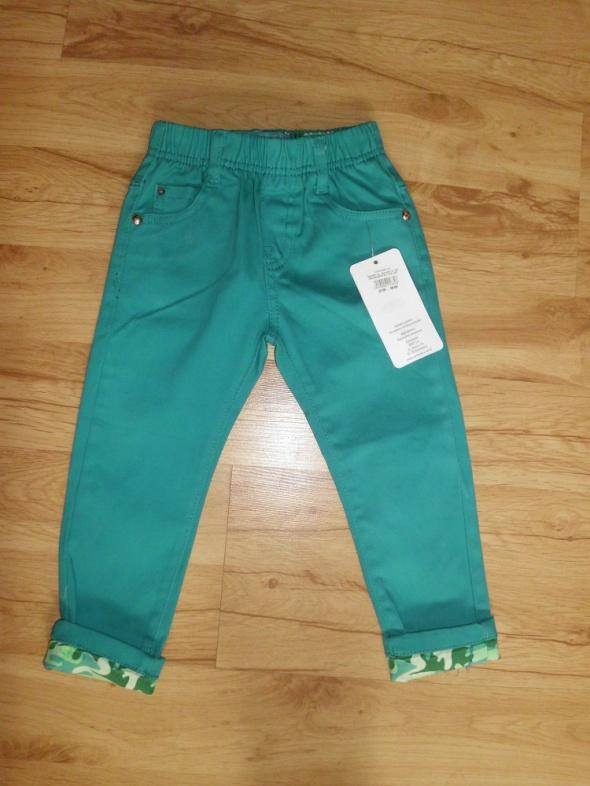 Zielone spodnie dziewczęce treginsy 98