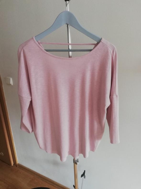 pudrowa asymetryczna bluzka