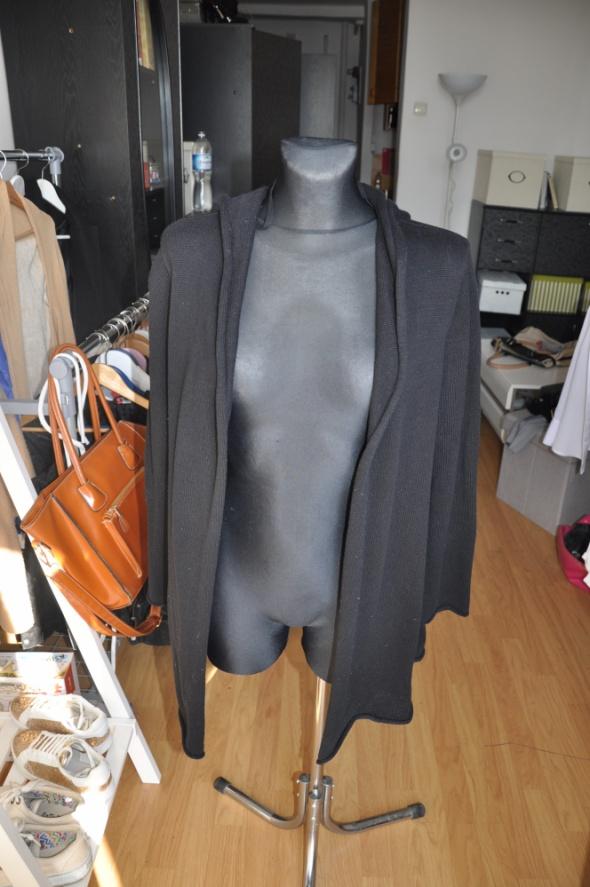 Czarny oversizowy sweter H&M