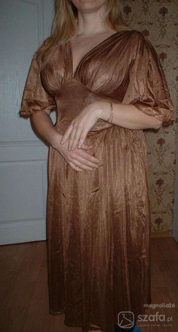 Sukienka połyskujaca na wieczór