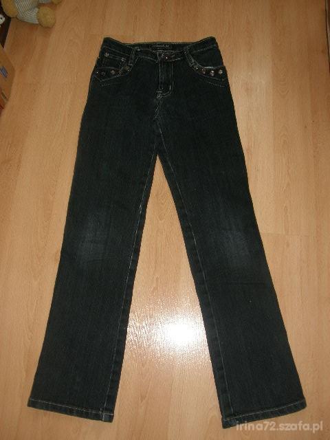 Modne dżinsy przetarcia 146 R 23