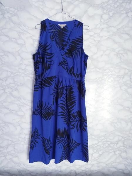 Anthology sukienka midi granatowa kobaltowa w liście print na lato 46
