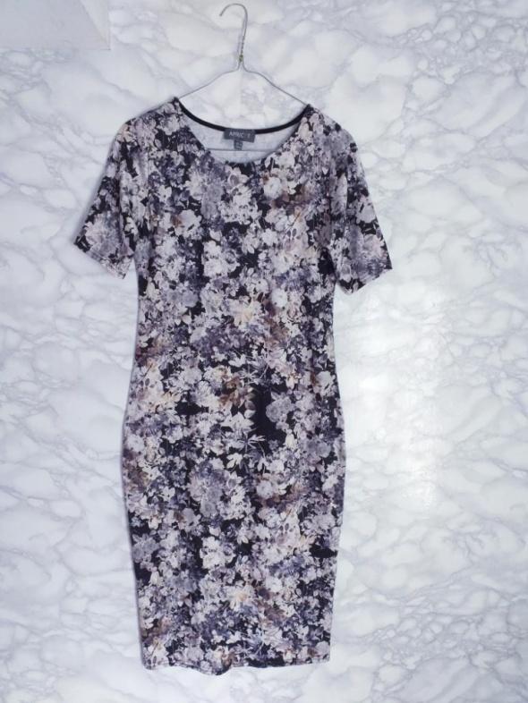 Apricot sukienka bodycon w kwiaty kwiatki floral czarna midi 38 40
