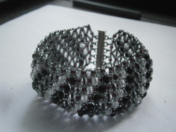 Bransoletka caprice black crystal