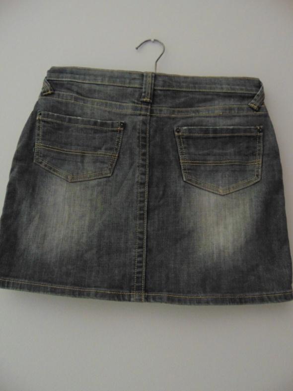 Szara jeansowa spódnica 38 M kieszenie przetarcia