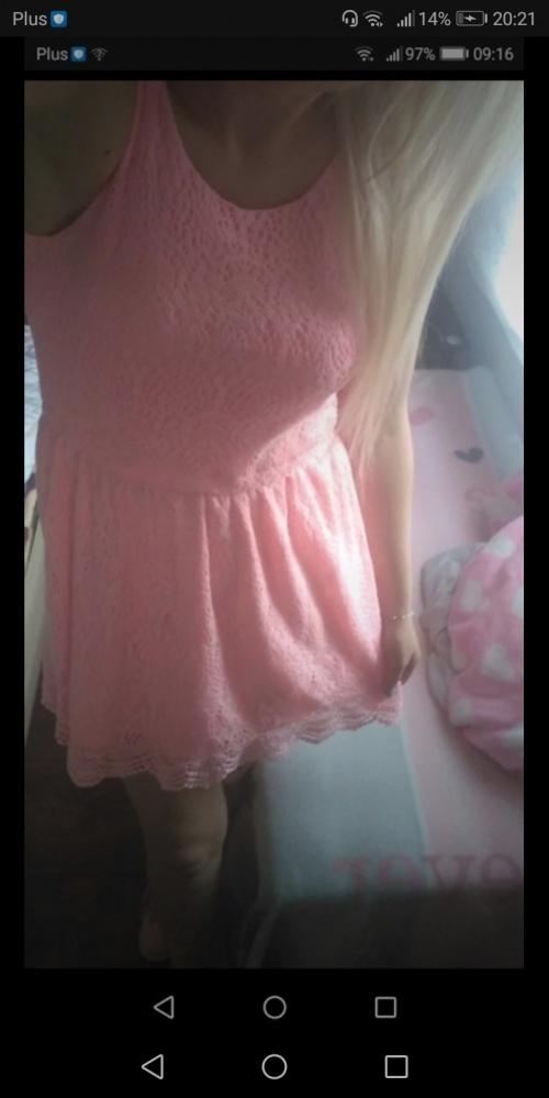 Krótka sukienka w koronke koronka różowa neonowa s h&m