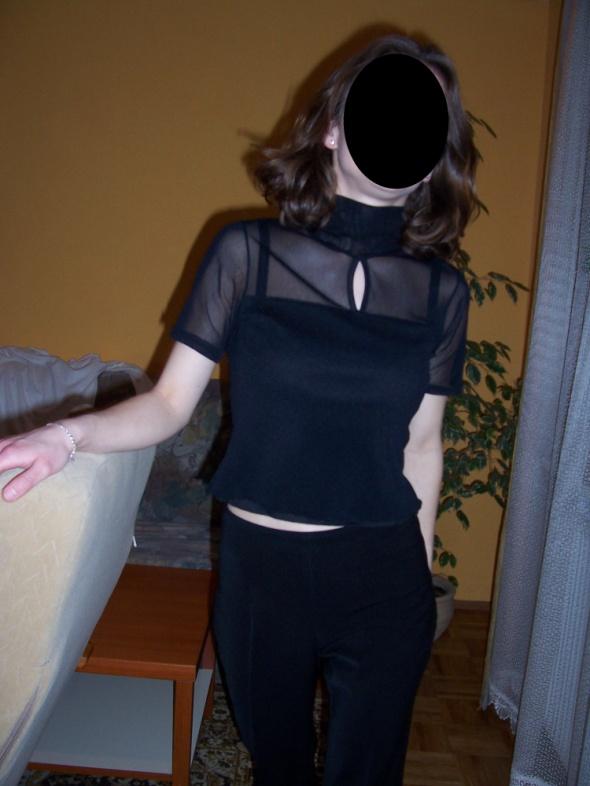 Czarna bluzka z łezką tiulowa z golfem XS 34...