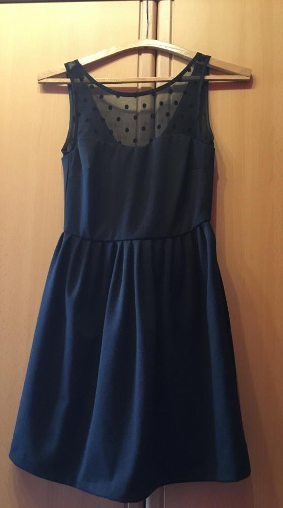 Rozkloszowana sukienka w kropki groszki ZARA