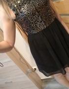 Sukienka ze złotymi cekinami...