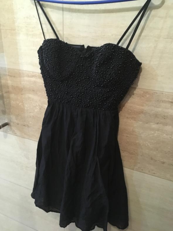 sukienka mała czarna elegancka 36 S 38 M