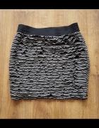 Mini spódnica spódniczka 38 M Tally Weijl czarno biała falbanki...
