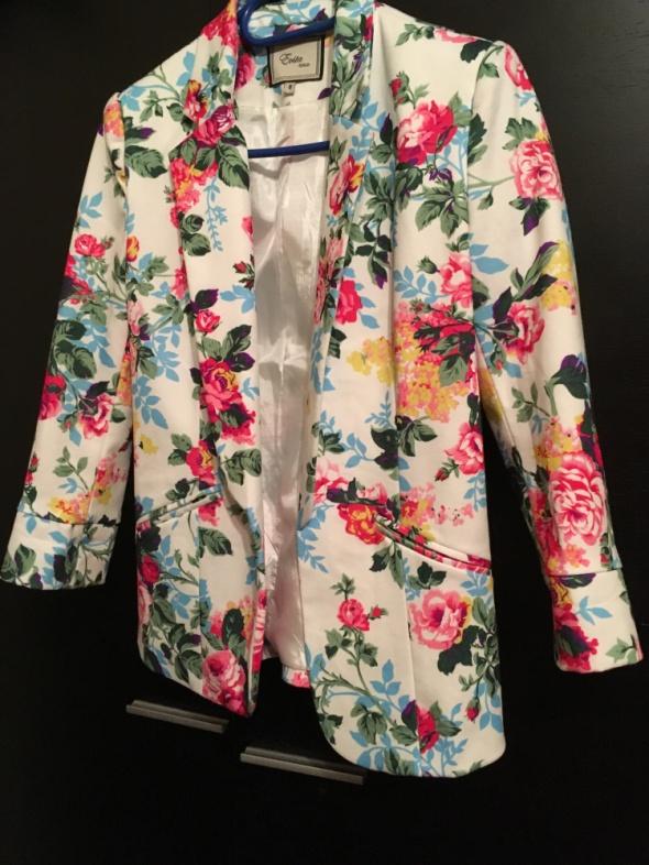 elegancka marynarka w kwiaty 36 S