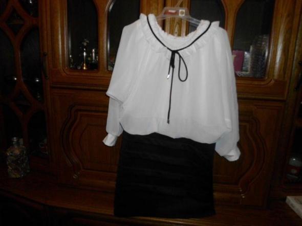 Nowa biało czarna sukienka