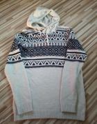 Sweterek Bershka...
