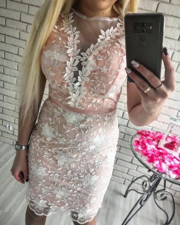 3473c9dc65 Bordowa elegancka sukienka koronkowa w Suknie i sukienki - Szafa.pl