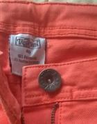 Pomarańczowe jeansy...