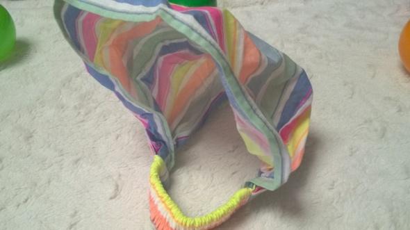 Kolorowa chustka z gumeczką dziecięca uniwersalna