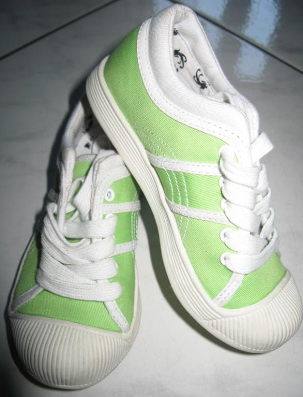 MUST HAVE zielone chłopięce tenisówki roz 28