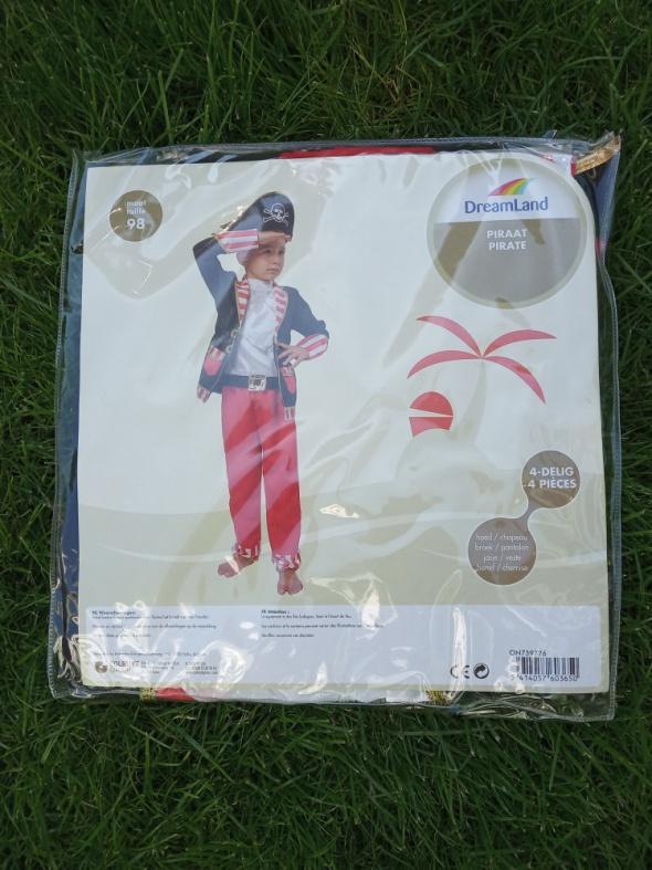 Nowy strój pirata 98