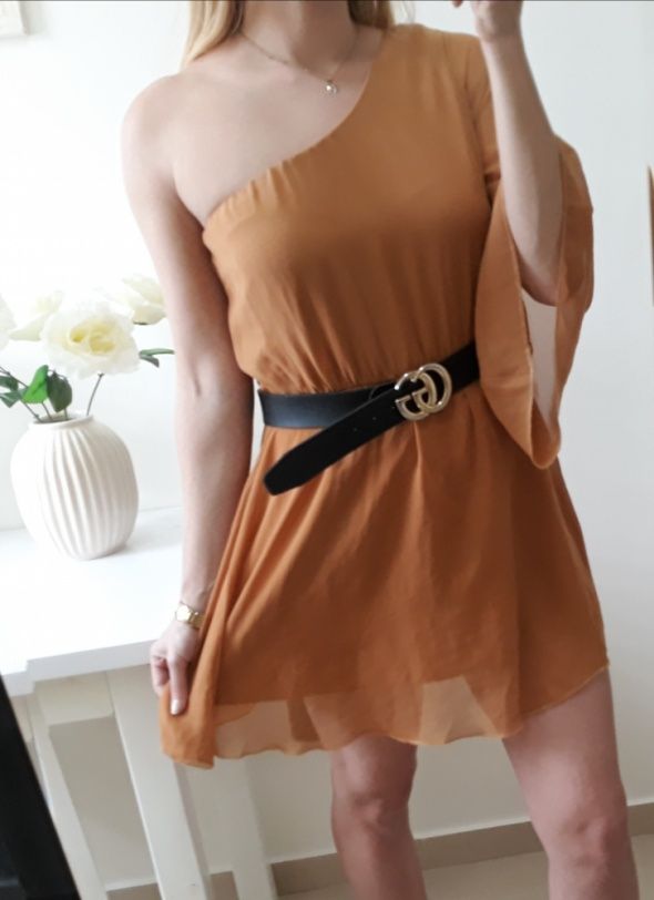 New look sukienka na jedno ramię musztardowa M...