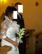 Białe ślubne bolerko...
