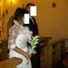 Białe ślubne bolerko