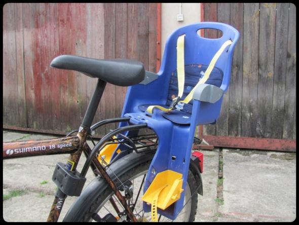 Fotelik rowerowy dla dziecka z regulacją