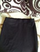 Czarna spodniczka...