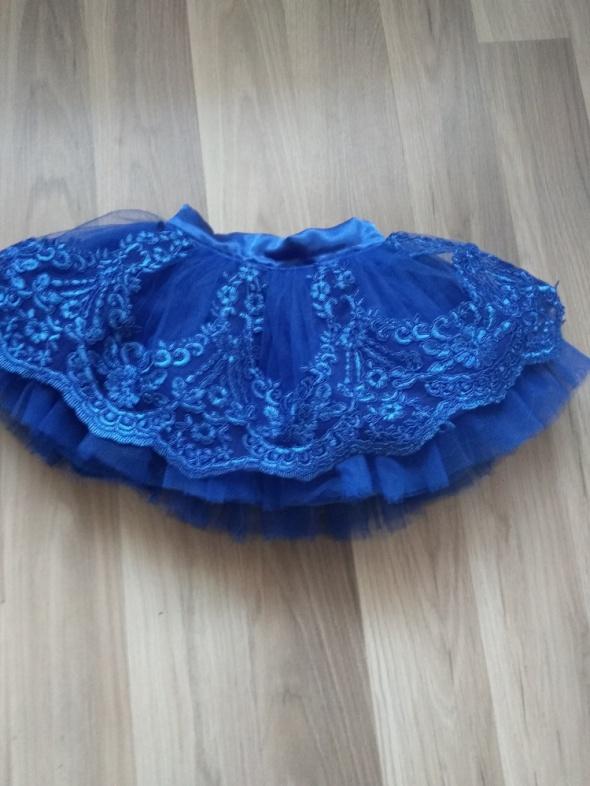 Sukienki i spódniczki Spódnica