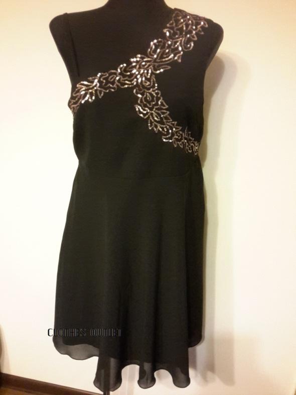 Sukienka Bodyflirt 42