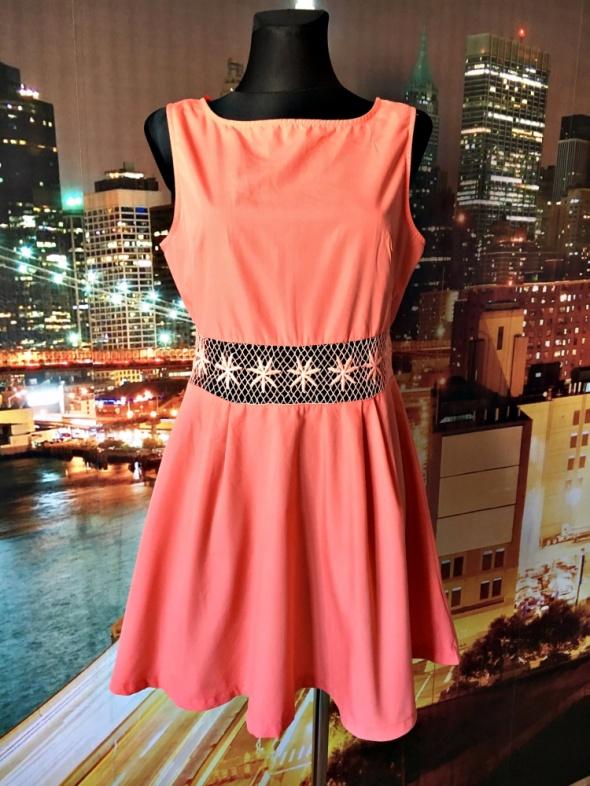 ax paris sukienka brzoskwiniowa zip ciekawa 42