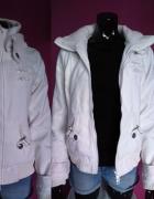 biała kurtka new yorker
