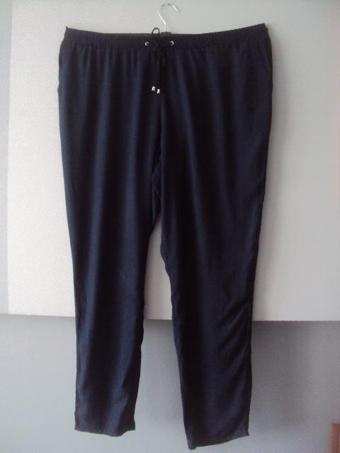granatowe wiskozowe spodnie